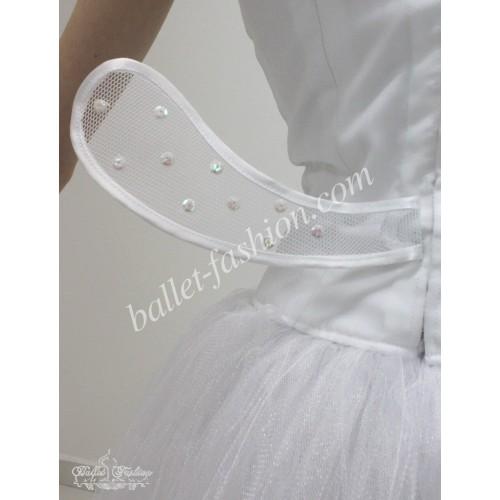 la sylphide The danish ballet master august bournonville, founder of the danish ballet school, choreographed la sylphide for the royal danish ballet in 1836.